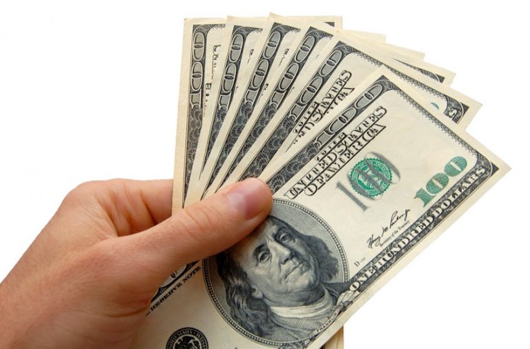 Differences Between Payday Loans and Installment Loans – Which One Can Be Right for You?